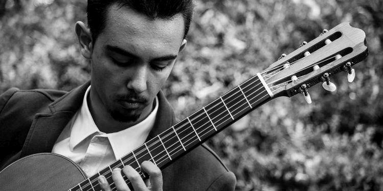 Mattia Grandi chitarrista